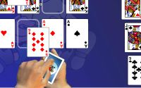 Crescent Solitaire information